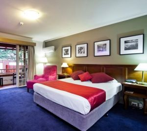 Mercure Canberra - Foster Accommodation