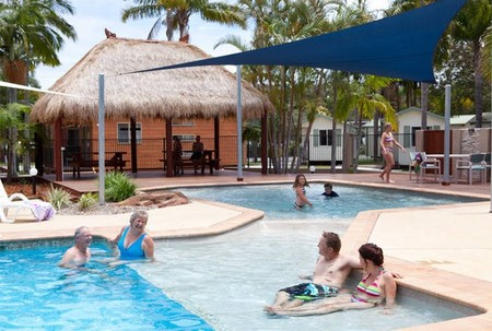 Blue Dolphin Resort  Holiday Park - Foster Accommodation