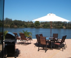 Big River Holiday Park - Foster Accommodation
