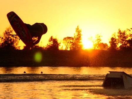Bonney's WA Water Ski Park - Foster Accommodation