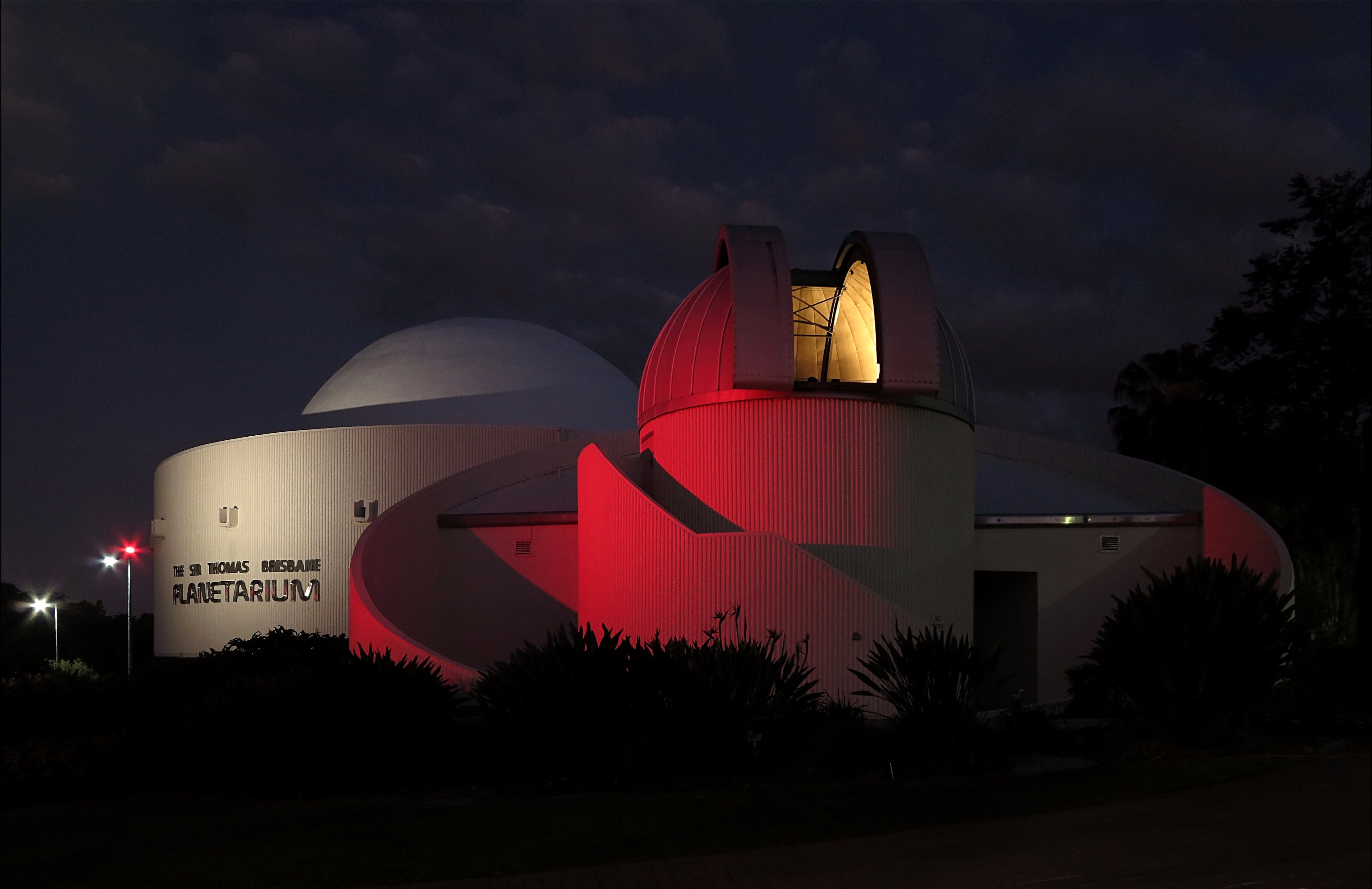 Sir Thomas Brisbane Planetarium - Foster Accommodation