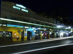 Glenelg Jetty Hotel - Foster Accommodation