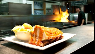 Railway Hotel Steak House - Foster Accommodation