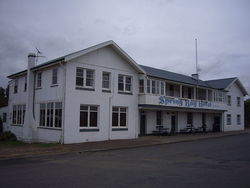 Spring Bay Hotel - Foster Accommodation