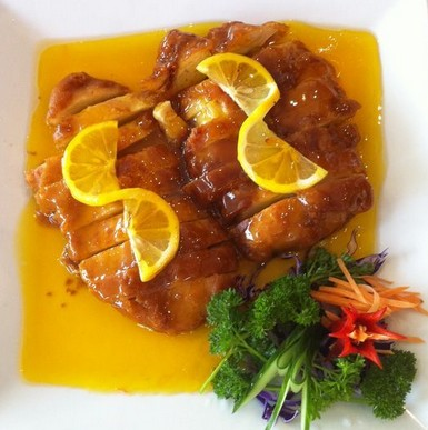 Chives Chinese  Thai Seafood Restaurant - Foster Accommodation