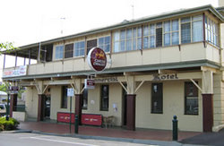Commercial Hotel Alexandra - Foster Accommodation