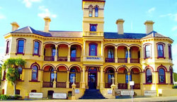 The Queenscliff Historic Royal Hotel - Foster Accommodation
