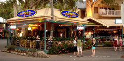 Apres Beach Bar  Grill - Palm Cove - Foster Accommodation