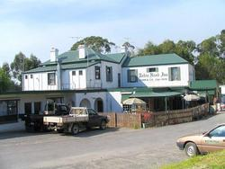 Robin Hood Hotel - Foster Accommodation
