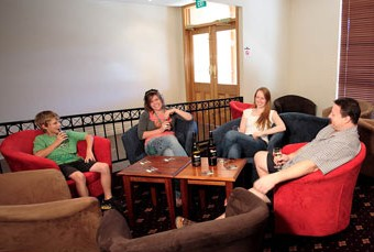 Hibernian Hotel Beechworth - Foster Accommodation