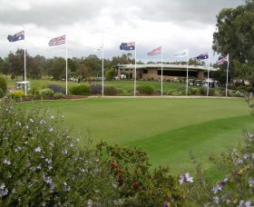 Tocumwal Golf Club - Foster Accommodation