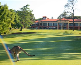 Royal Canberra Golf Club - Foster Accommodation