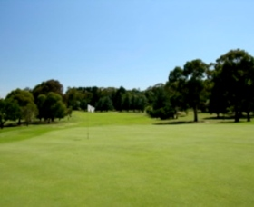 Wentworth Golf Club - Foster Accommodation