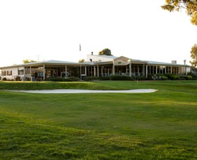 Mansfield Golf Club - Foster Accommodation