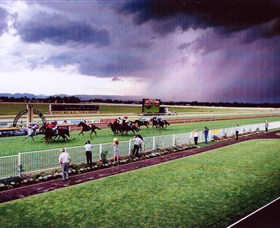 Hawkesbury Race Club - Foster Accommodation
