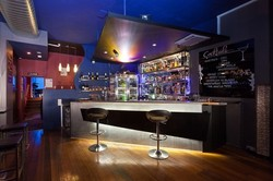 The Moon Boutique Bar Lounge - Foster Accommodation