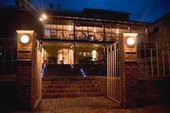 Bridgetown Hotel - Foster Accommodation