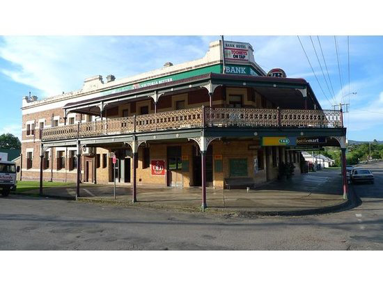Bank Hotel Dungog - Foster Accommodation