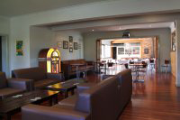 Commercial Hotel - Foster Accommodation