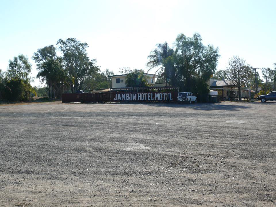 Jambin Hotel-Motel - Foster Accommodation