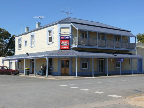 Port Wakefield Hotel - Foster Accommodation