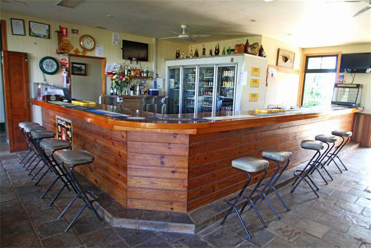 Garradunga Hotel - Foster Accommodation