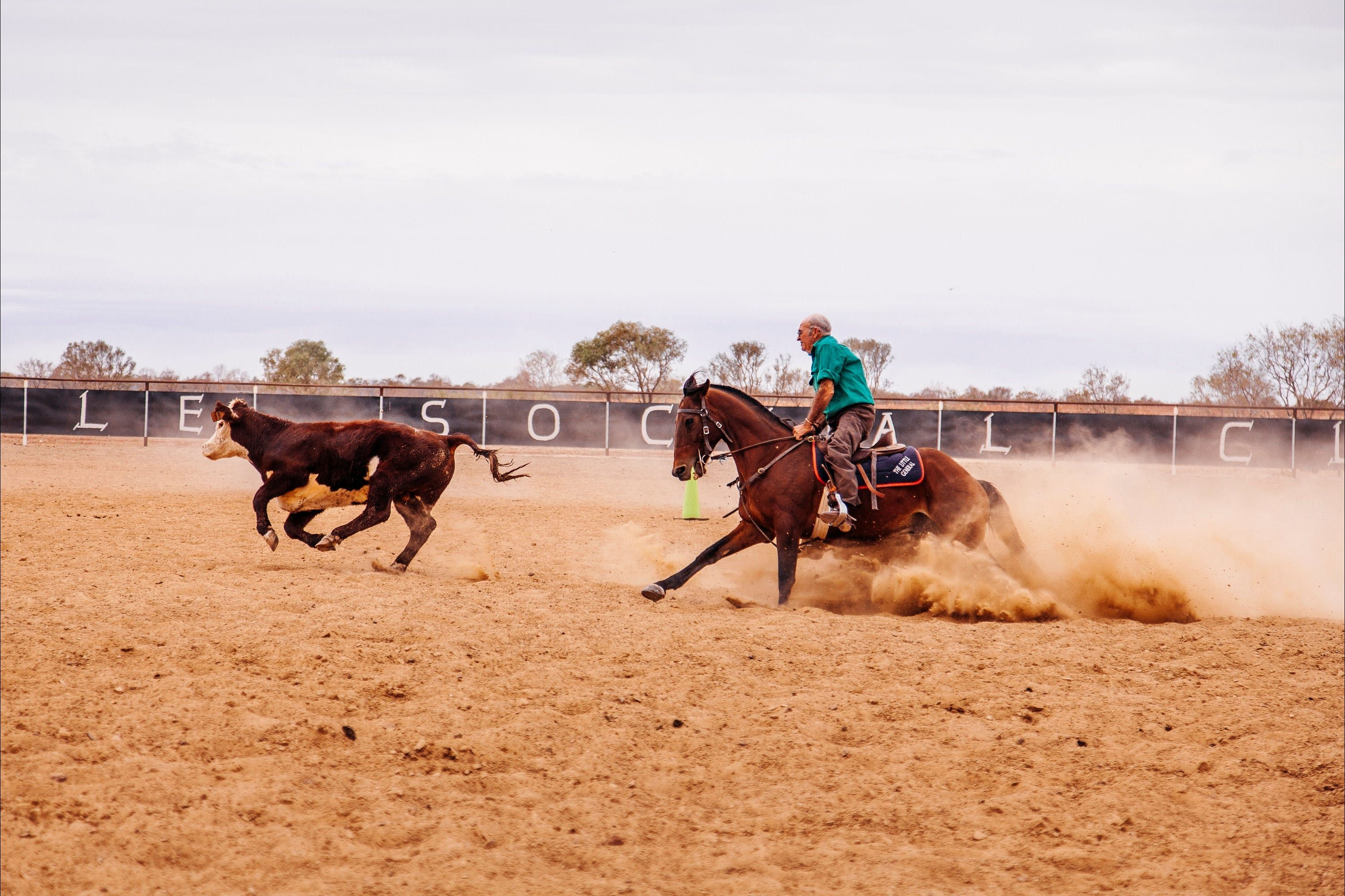 Birdsville Campdraft  Rodeo and Bronco Branding - Foster Accommodation
