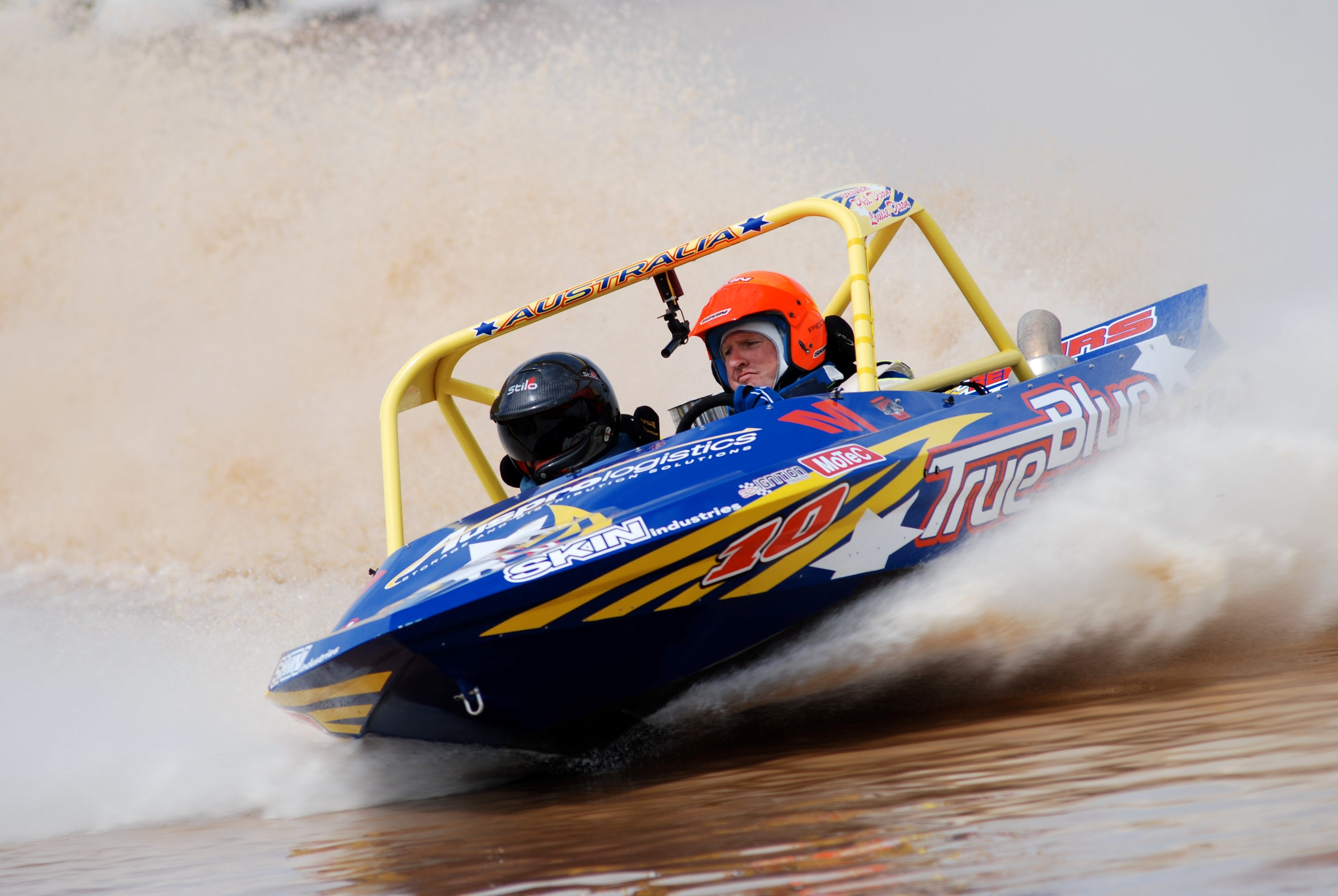 V8 Superboats - Foster Accommodation
