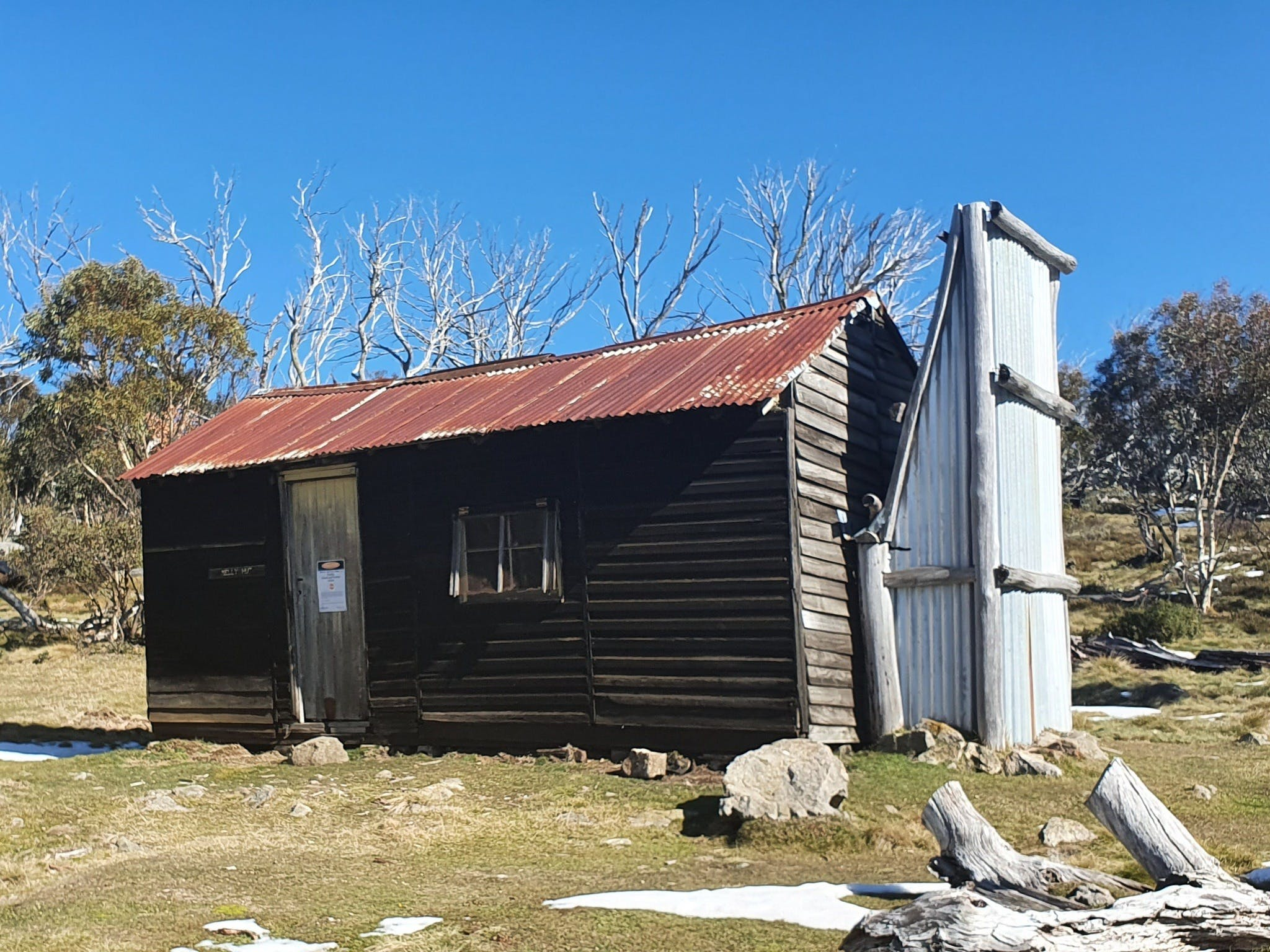 Hedonistic Hiking's Razorback to Harrietville - Foster Accommodation
