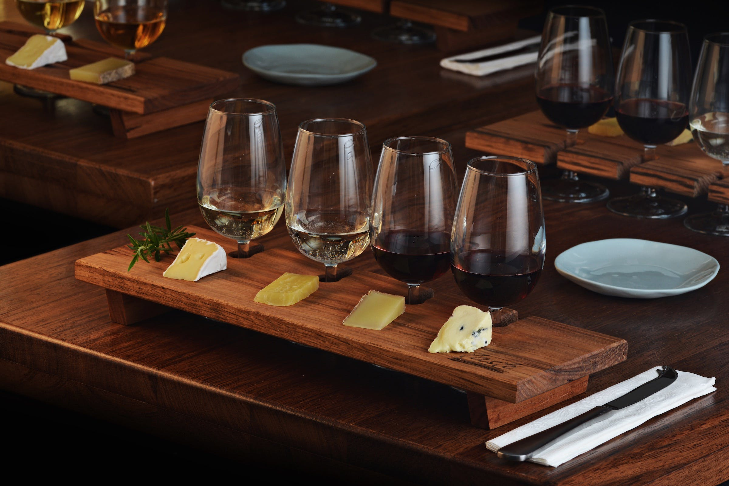 Taste Yarra Valley - Tasting Flights wine and cheese - Foster Accommodation