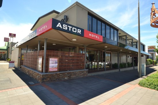 Astor Hotel - Foster Accommodation