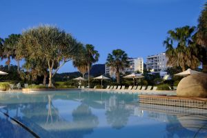 Pacific Bay Resort - Foster Accommodation