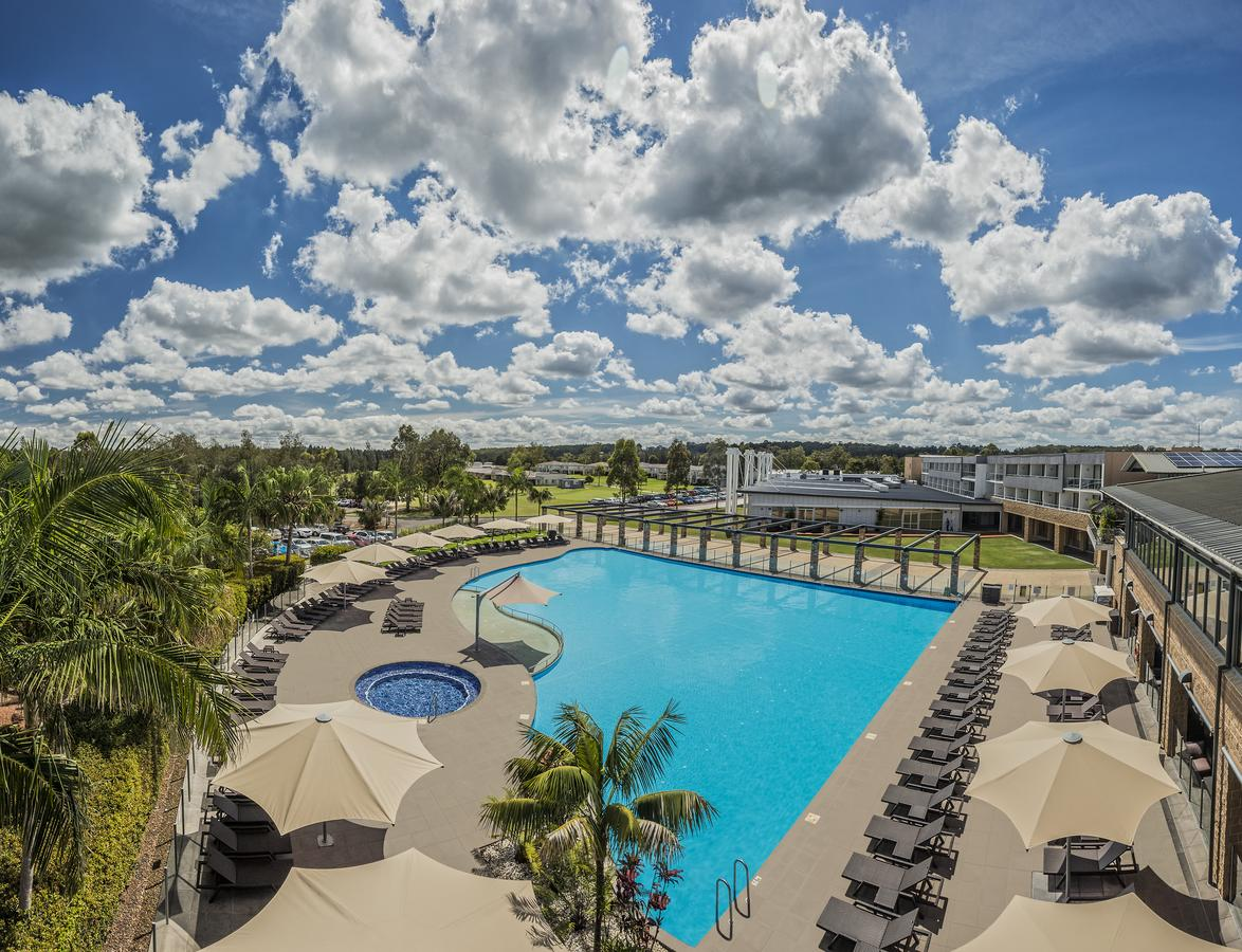 Crowne Plaza Hunter Valley - Foster Accommodation
